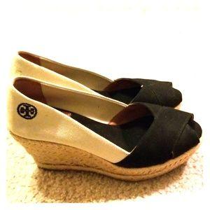 Tory Burch peep toe wedge sandals, black /cream